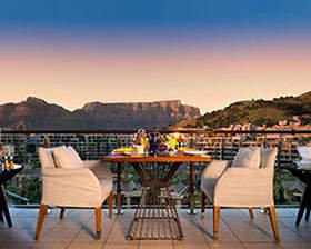 one-and-only-cape-town-table-mountain-suite-balcony-breakfast